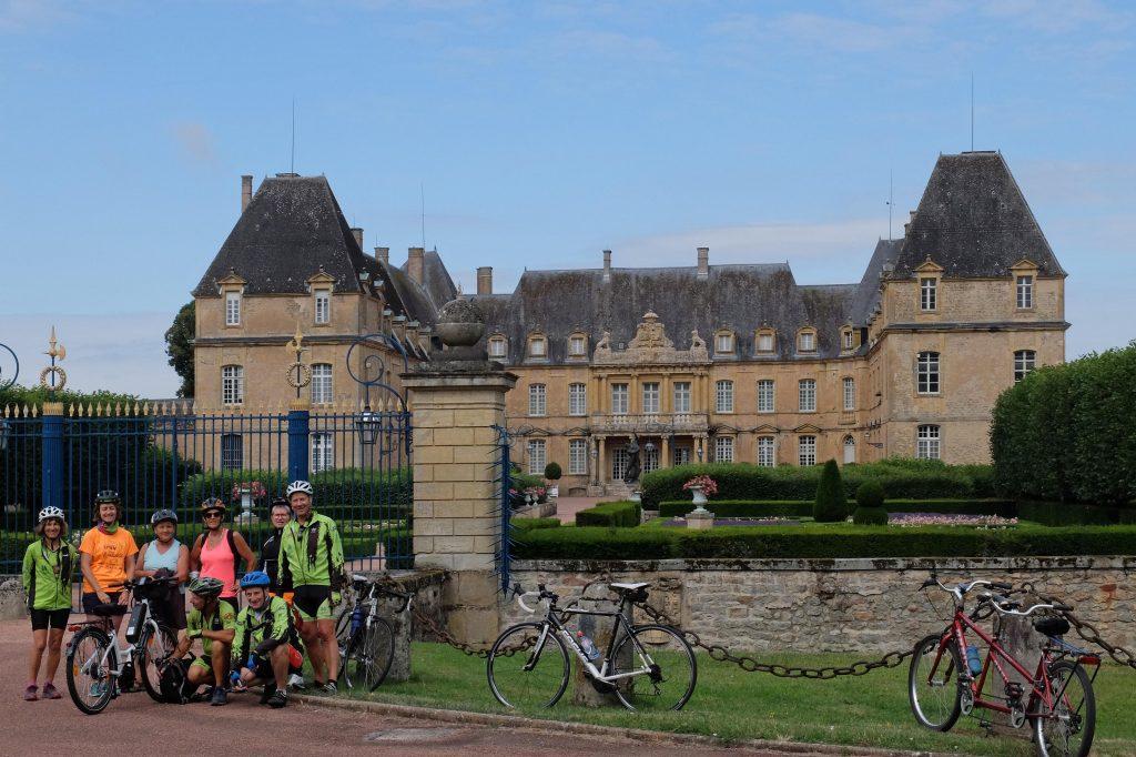 Le château de Drée sur la commune de Curbigny en Saône- et- Loire.